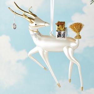 NWT De Carlini Reindeer Deer Gifts Ornament